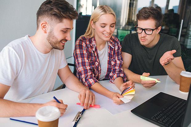 7 employee engagement strategies that work in 2021