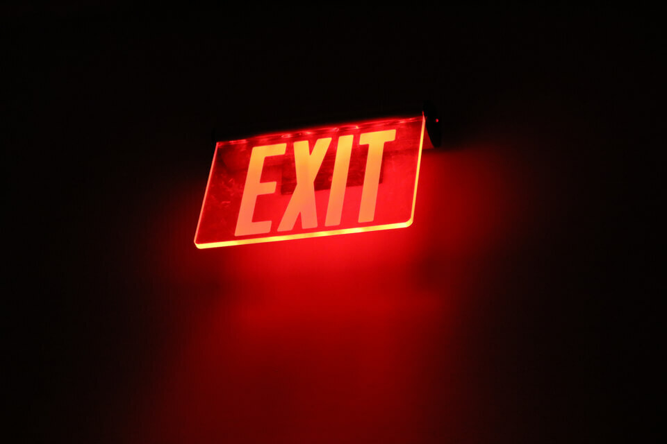 15 essential exit interview questions